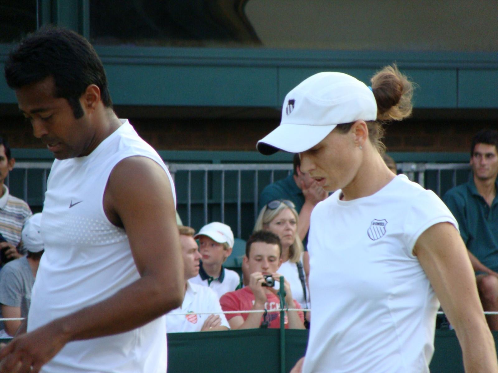 24_Paes Black Wimbledon 2009