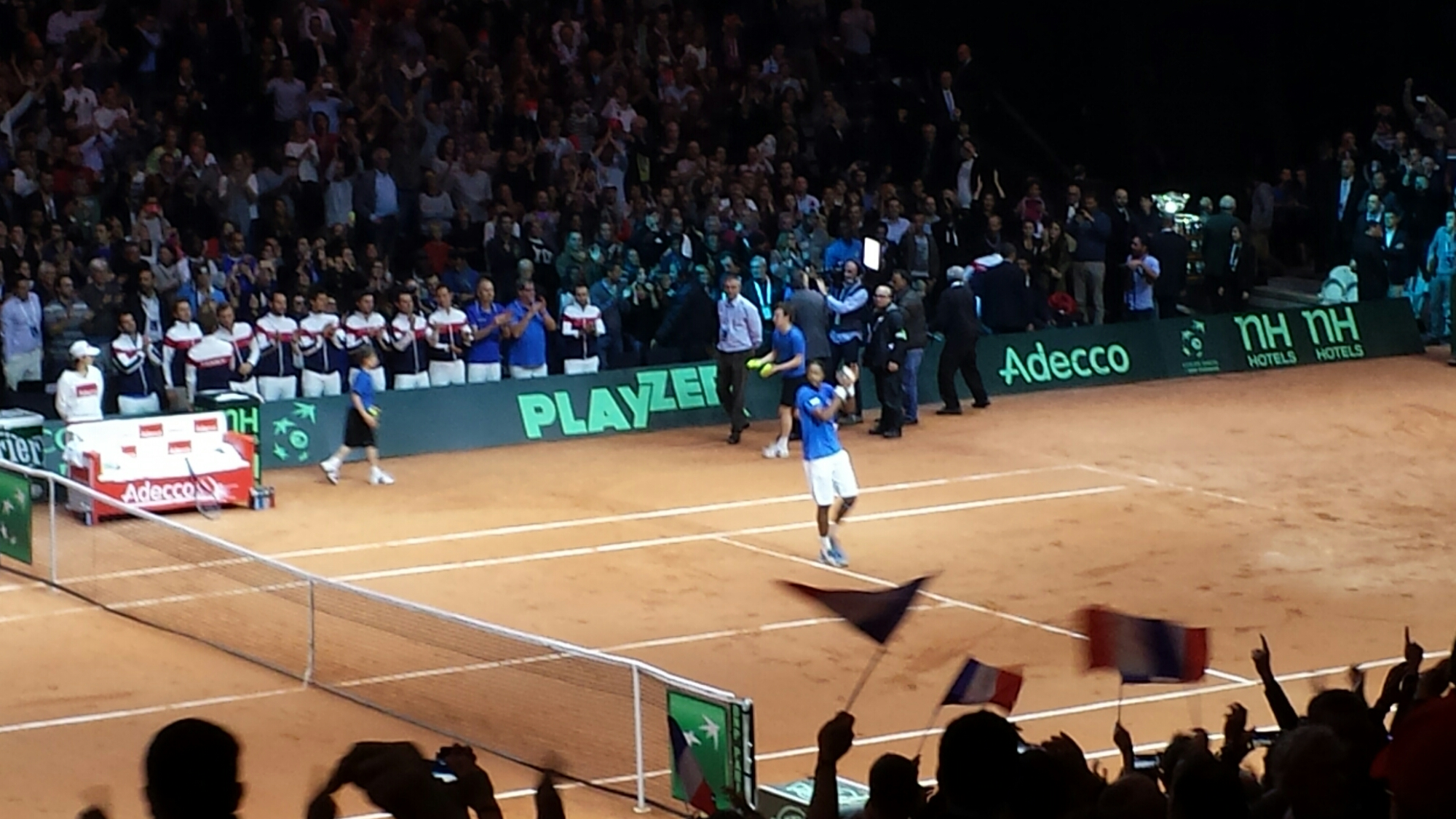 Monfils Getting Cheers