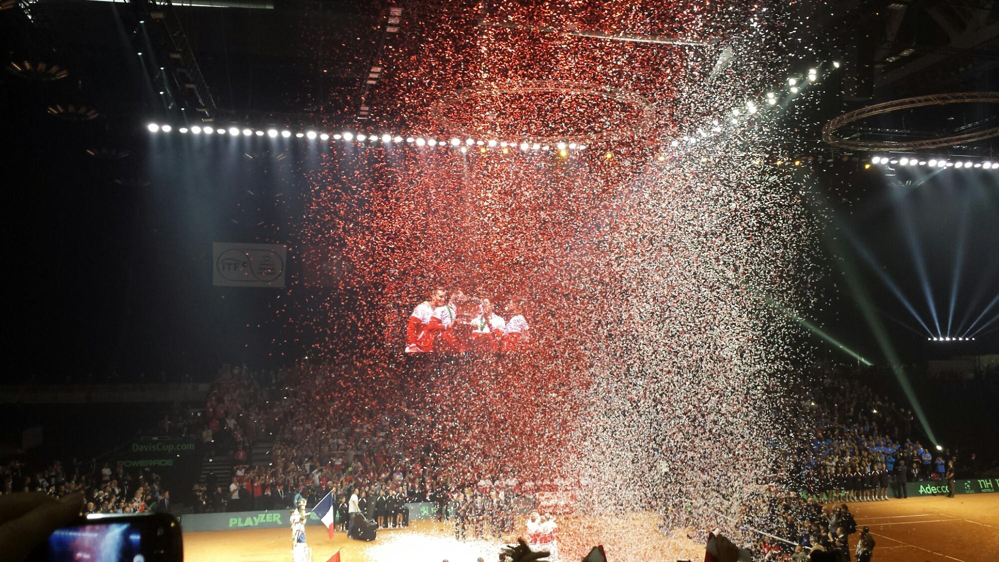 Davis Cup Confetti